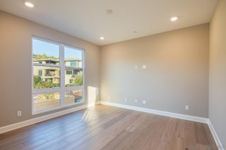 Photo 13: MISSION VALLEY Townhome for sale : 4 bedrooms : 2725 Via Alta Place in San Diego