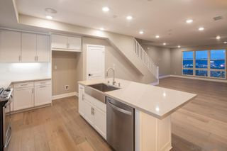 Photo 7: MISSION VALLEY Townhome for sale : 4 bedrooms : 2725 Via Alta Place in San Diego