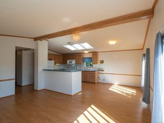 Photo 7: 1904 Valley Oak Dr in : Na University District Manufactured Home for sale (Nanaimo)  : MLS®# 859217