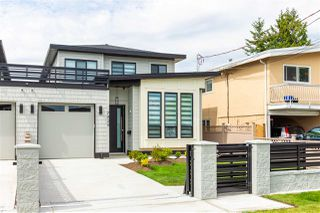 Photo 2: 7523 16TH Avenue in Burnaby: Edmonds BE House 1/2 Duplex for sale (Burnaby East)  : MLS®# R2396878
