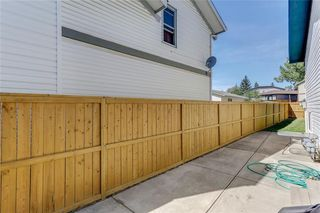 Photo 35: 100 WOODBINE Boulevard SW in Calgary: Woodbine Detached for sale : MLS®# C4264383