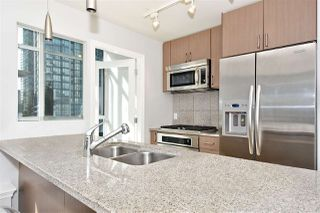 Photo 5: 602 1211 MELVILLE Street in Vancouver: Coal Harbour Condo for sale (Vancouver West)  : MLS®# R2410173