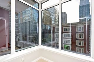 Photo 8: 602 1211 MELVILLE Street in Vancouver: Coal Harbour Condo for sale (Vancouver West)  : MLS®# R2410173