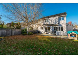Photo 2: 20296 91B Avenue in Langley: Walnut Grove House for sale : MLS®# R2416892