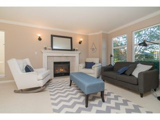 Photo 3: 20296 91B Avenue in Langley: Walnut Grove House for sale : MLS®# R2416892