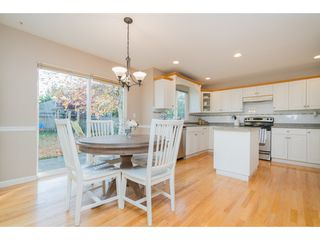 Photo 11: 20296 91B Avenue in Langley: Walnut Grove House for sale : MLS®# R2416892