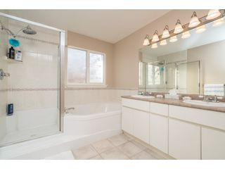 Photo 13: 20296 91B Avenue in Langley: Walnut Grove House for sale : MLS®# R2416892