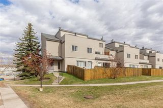 Photo 1: 511 1540 29 Street NW in Calgary: St Andrews Heights Apartment for sale : MLS®# C4294865