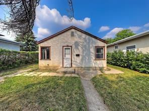 Photo 4: 2126 52 Avenue SW in Calgary: North Glenmore Park Detached for sale : MLS®# C4304825