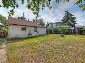 Photo 5: 2126 52 Avenue SW in Calgary: North Glenmore Park Detached for sale : MLS®# C4304825