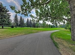Photo 10: 2126 52 Avenue SW in Calgary: North Glenmore Park Detached for sale : MLS®# C4304825