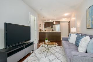 "Photo 2: 512 888 HOMER Street in Vancouver: Downtown VW Condo for sale in ""THE BEASLEY"" (Vancouver West)  : MLS®# R2470290"