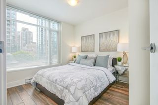 "Photo 10: 512 888 HOMER Street in Vancouver: Downtown VW Condo for sale in ""THE BEASLEY"" (Vancouver West)  : MLS®# R2470290"