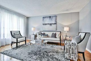 Photo 7: 33 Cobbler Crescent in Markham: Raymerville House (2-Storey) for sale : MLS®# N4840822