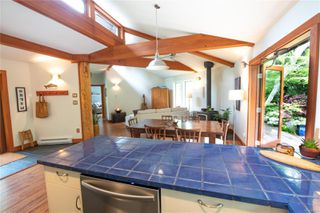 Photo 4: 1126 FELLOWSHIP Dr in : PA Tofino House for sale (Port Alberni)  : MLS®# 851341