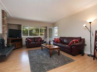 Photo 2: 105 3244 Seaton St in : SW Tillicum Condo for sale (Saanich West)  : MLS®# 852382