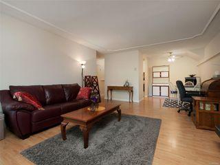 Photo 4: 105 3244 Seaton St in : SW Tillicum Condo Apartment for sale (Saanich West)  : MLS®# 852382
