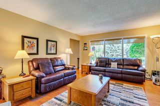 Photo 9: 831 LAKE LUCERNE Drive SE in Calgary: Lake Bonavista Detached for sale : MLS®# A1026903