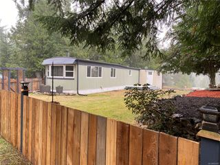 Photo 1: UNIT B23 AT SPECTACLE LAKE MANUFACTURED HOME PARK