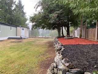 Photo 14: UNIT B23 AT SPECTACLE LAKE MANUFACTURED HOME PARK