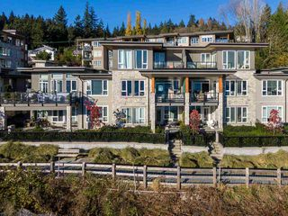 "Photo 2: 3917 CATES LANDING Way in North Vancouver: Roche Point Townhouse for sale in ""CATES LANDING"" : MLS®# R2516583"