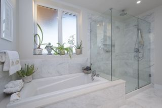 "Photo 17: 3917 CATES LANDING Way in North Vancouver: Roche Point Townhouse for sale in ""CATES LANDING"" : MLS®# R2516583"