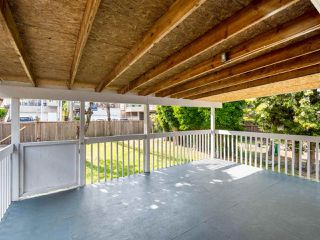 Photo 14: 4975 CHESTER Street in Vancouver: Fraser VE House for sale (Vancouver East)  : MLS®# R2398757