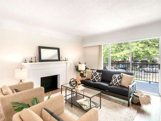Photo 3: 4975 CHESTER Street in Vancouver: Fraser VE House for sale (Vancouver East)  : MLS®# R2398757