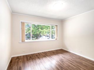 Photo 11: 4975 CHESTER Street in Vancouver: Fraser VE House for sale (Vancouver East)  : MLS®# R2398757
