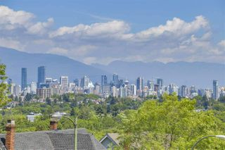 Photo 6: 3616 W 15TH Avenue in Vancouver: Point Grey House for sale (Vancouver West)  : MLS®# R2439403