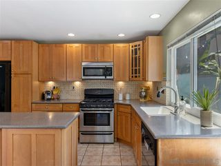 Photo 5: MIRA MESA House for sale : 3 bedrooms : 10856 Eberly Ct in San Diego