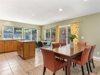 Photo 7: MIRA MESA House for sale : 3 bedrooms : 10856 Eberly Ct in San Diego