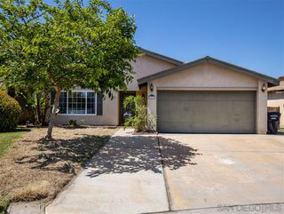 Photo 1: MIRA MESA House for sale : 3 bedrooms : 10856 Eberly Ct in San Diego