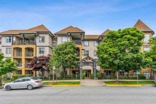Photo 1: 408 12207 224 Street in Maple Ridge: West Central Condo for sale : MLS®# R2462814