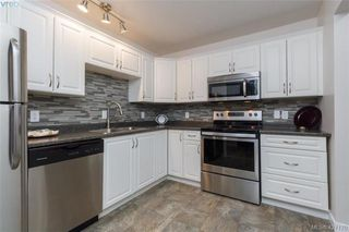 Photo 11: 204 3215 Alder St in VICTORIA: SE Quadra Condo for sale (Saanich East)  : MLS®# 841533