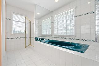 Photo 14: 1430 SANDSTONE Crescent in Coquitlam: Westwood Plateau House for sale : MLS®# R2471312