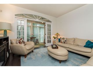 """Photo 15: 202 33485 SOUTH FRASER Way in Abbotsford: Central Abbotsford Condo for sale in """"Citadel"""" : MLS®# R2474931"""