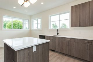 Photo 7: 2 7431 JAMES Street in Mission: Mission BC 1/2 Duplex for sale : MLS®# R2479507