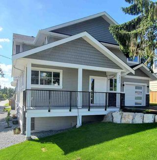 Photo 3: 2 7431 JAMES Street in Mission: Mission BC 1/2 Duplex for sale : MLS®# R2479507