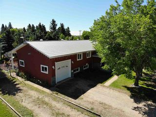 Photo 2: 4831 51 Street: Amisk House for sale : MLS®# E4208166