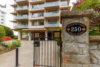 Photo 1: 1003 250 Douglas St in : Vi James Bay Condo for sale (Victoria)  : MLS®# 859211