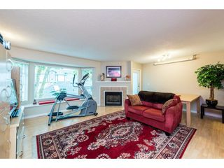 "Photo 2: 33 1195 FALCON Drive in Coquitlam: Eagle Ridge CQ Townhouse for sale in ""THE COURTYARDS"" : MLS®# R2393570"