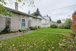 Photo 2: 10807 148 Street in Edmonton: Zone 21 House for sale : MLS®# E4176024