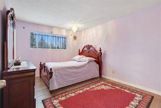 Photo 13: 17811 81 Avenue in Edmonton: Zone 20 House for sale : MLS®# E4182102