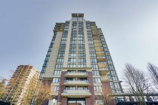 """Photo 2: 1703 720 HAMILTON Avenue in New Westminster: Uptown NW Condo for sale in """"Generations"""" : MLS®# R2447209"""