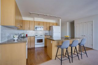 """Photo 3: 1703 720 HAMILTON Avenue in New Westminster: Uptown NW Condo for sale in """"Generations"""" : MLS®# R2447209"""