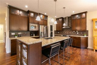 Main Photo: 230 VALLEY WOODS Place NW in Calgary: Valley Ridge Detached for sale : MLS®# A1018996