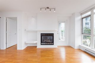 """Photo 14: 201 3142 ST JOHNS Street in Port Moody: Port Moody Centre Condo for sale in """"SONRISA"""" : MLS®# R2504116"""