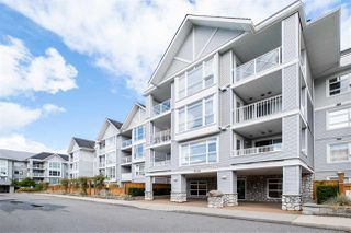 """Photo 5: 201 3142 ST JOHNS Street in Port Moody: Port Moody Centre Condo for sale in """"SONRISA"""" : MLS®# R2504116"""
