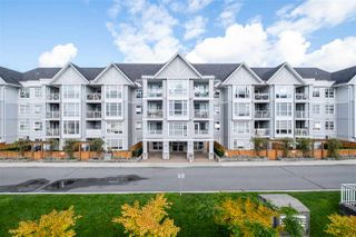 """Photo 1: 201 3142 ST JOHNS Street in Port Moody: Port Moody Centre Condo for sale in """"SONRISA"""" : MLS®# R2504116"""